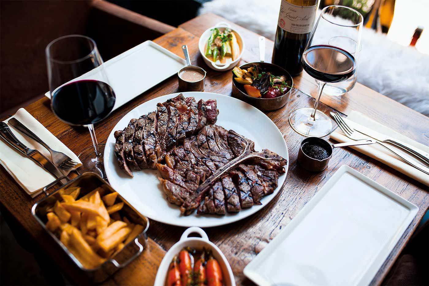 Degustation dinner beef steaks and wine